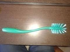 Tupperware Cleaning Brush. Great for Bottles and Tumblers